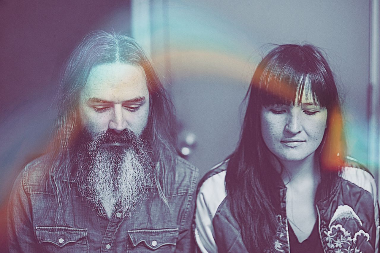 Hipnotikus, szuggesztív drone-rock: Moon Duo