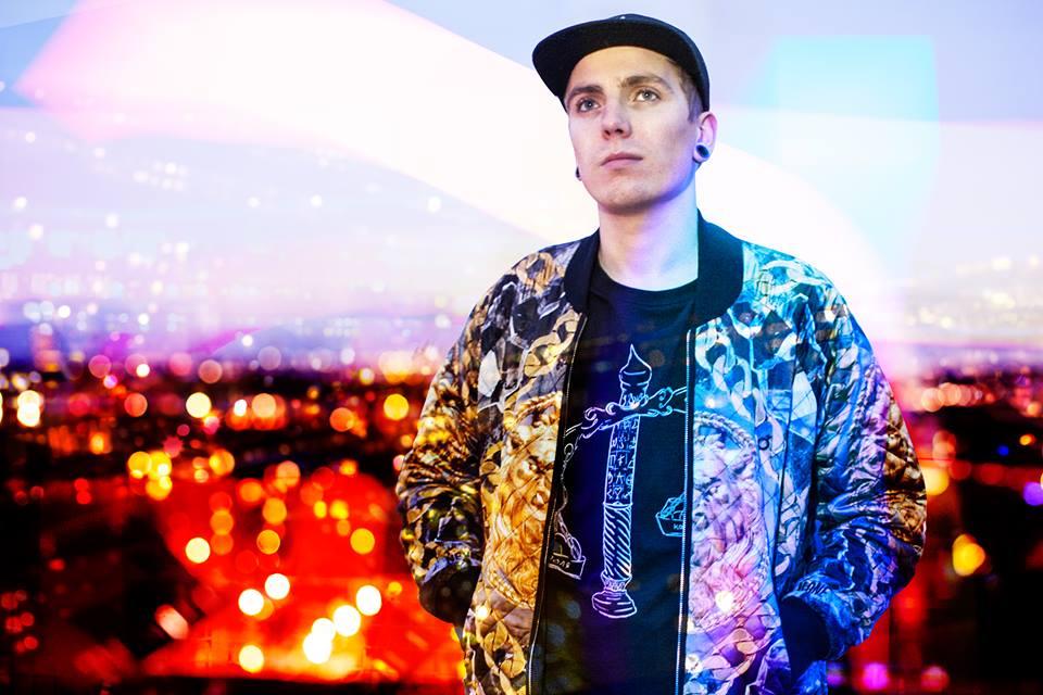 Hisztérikus hibridje a basszuszenénének és a hip-hopnak: Snavs