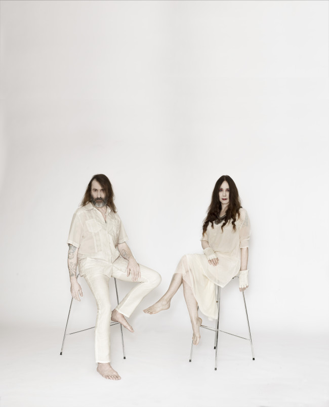 A kortárs experimentális zene legfontosabb alakjai: Alexander Hacke és Danielle de Picciotto