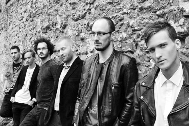 Beborult, intellektális rock 'n' roll: Esti Kornél