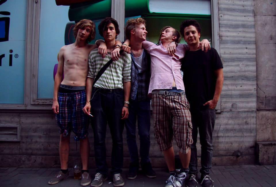 Pszihedelikus-balkán-punk-funk: Siketfajd