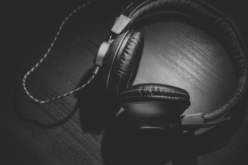 Erős YouTube, hízó Spotify, sok felfedezés | Így hallgattatok zenét a karantén alatt